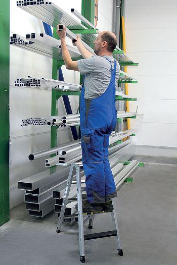 2-seitige Aluminium-Stehleiter Belastbarkeit 250 kg, 2 x 8 Stufen