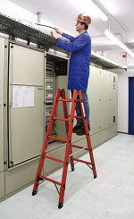 Kunststoff-Sprossen-Stehleiter 2 x 4 Sprossen, Arbeitsh. ca. 2,50 m