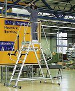 2-seitige Podestleiter,fahrbar 3 Stufen, Podesthöhe 795mm