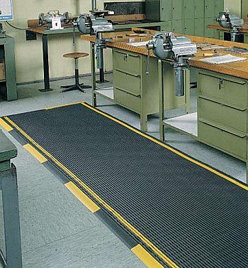 Industriematte schwarz H 12,5 x B 600 mm x lfm.
